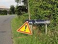 Saint-Christophe-du-Jambet (Sarthe) hameau Les Jeunoires, entrée.jpg