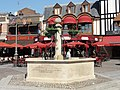 Saint-Quentin (02), fontaine, rue Croix-Belle-Porte 3.jpg