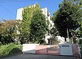 Sakai City Nakamozu elementary school.jpg