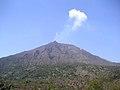 Sakurajima-sunnyday-closeup-2006-3-27.jpg