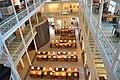 Salle de consultation de l'édifice Gilles-Hocquart BAnQ Vieux-Montréal 05.JPG