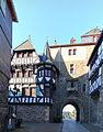 Schloss Burg Zwingertor.jpg