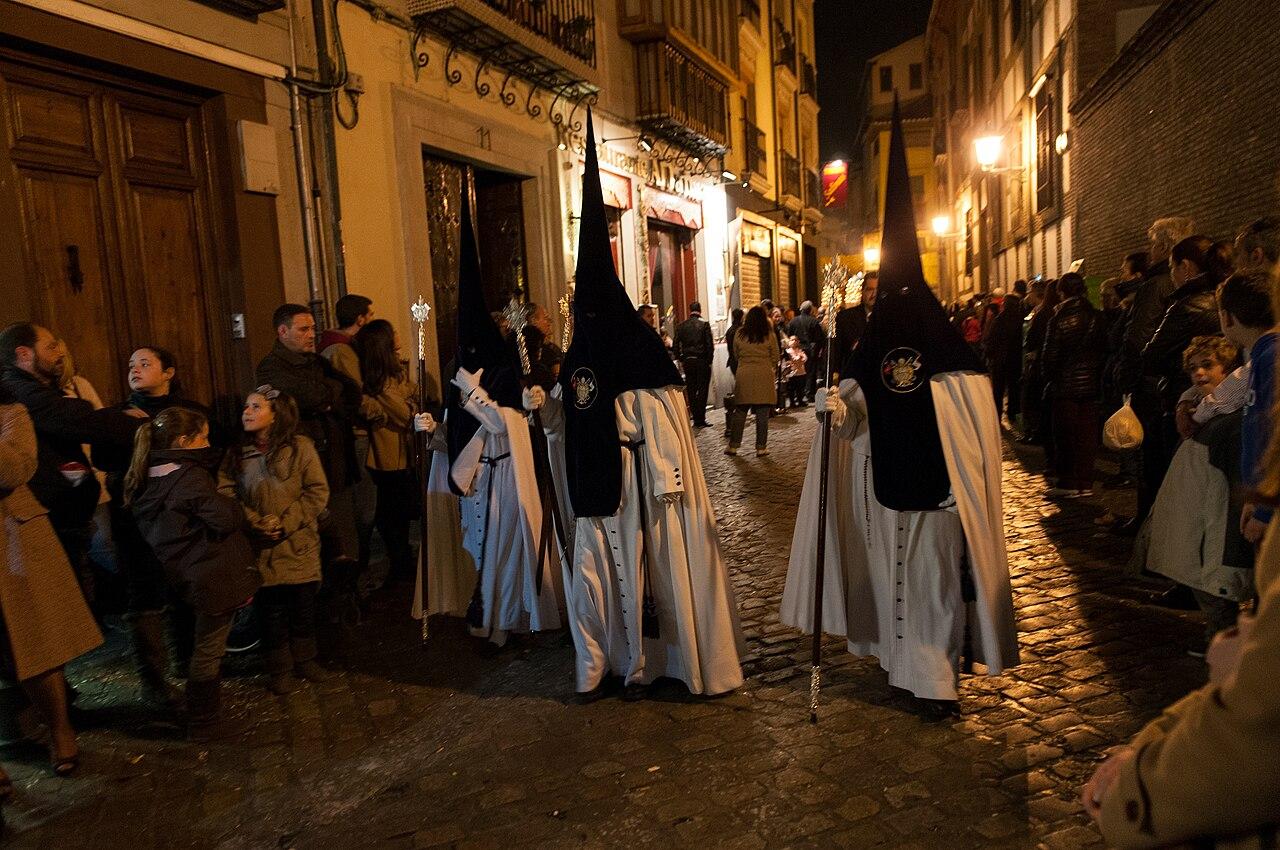 File Semana Santa Procession In Granada Spain 6925799518