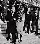 Shah and Shahbanu leaving Iran - 16 January 1979.jpg