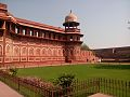 Side view of Agra fort, India 01.jpg