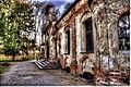 Sieht aus wie eine Bauruine, ist aber keine. Das Aussehen der Magdalenenklause im Nymphenburger Park München ist so vom Bauherrn voll beabsichtigt gewesen. (8658143636).jpg