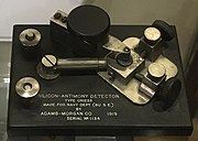 Silicon-antimony crystal detector 1919.jpg