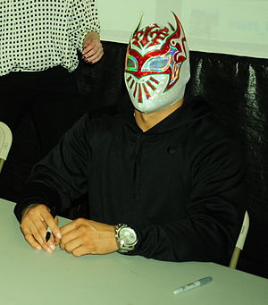 "Triplemanía XXIII - Myzteziz, the other half of the ""Dream Match"" main event, who turned rudo after the match"