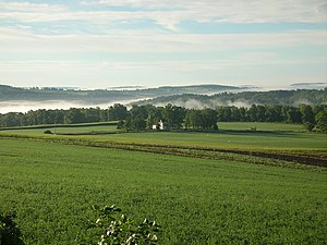 Skaneateles (town), New York - Farms and rolling hills surround Skaneateles Lake.