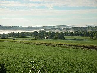 Skaneateles (town), New York - Farms and rolling hills surround Skaneateles Lake.