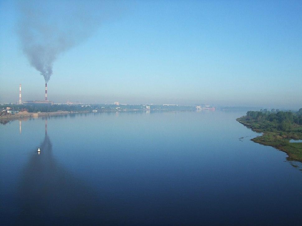 Smoke over the river Volga