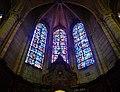 Soissons Cathédrale Saint-Gervais-et-Protais Innen Chorumgang Buntglasfenster 2.jpg