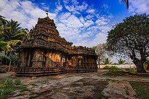 Brahmeshvara Temple, Kikkeri - The Brahmeshvara temple - SouthSide View