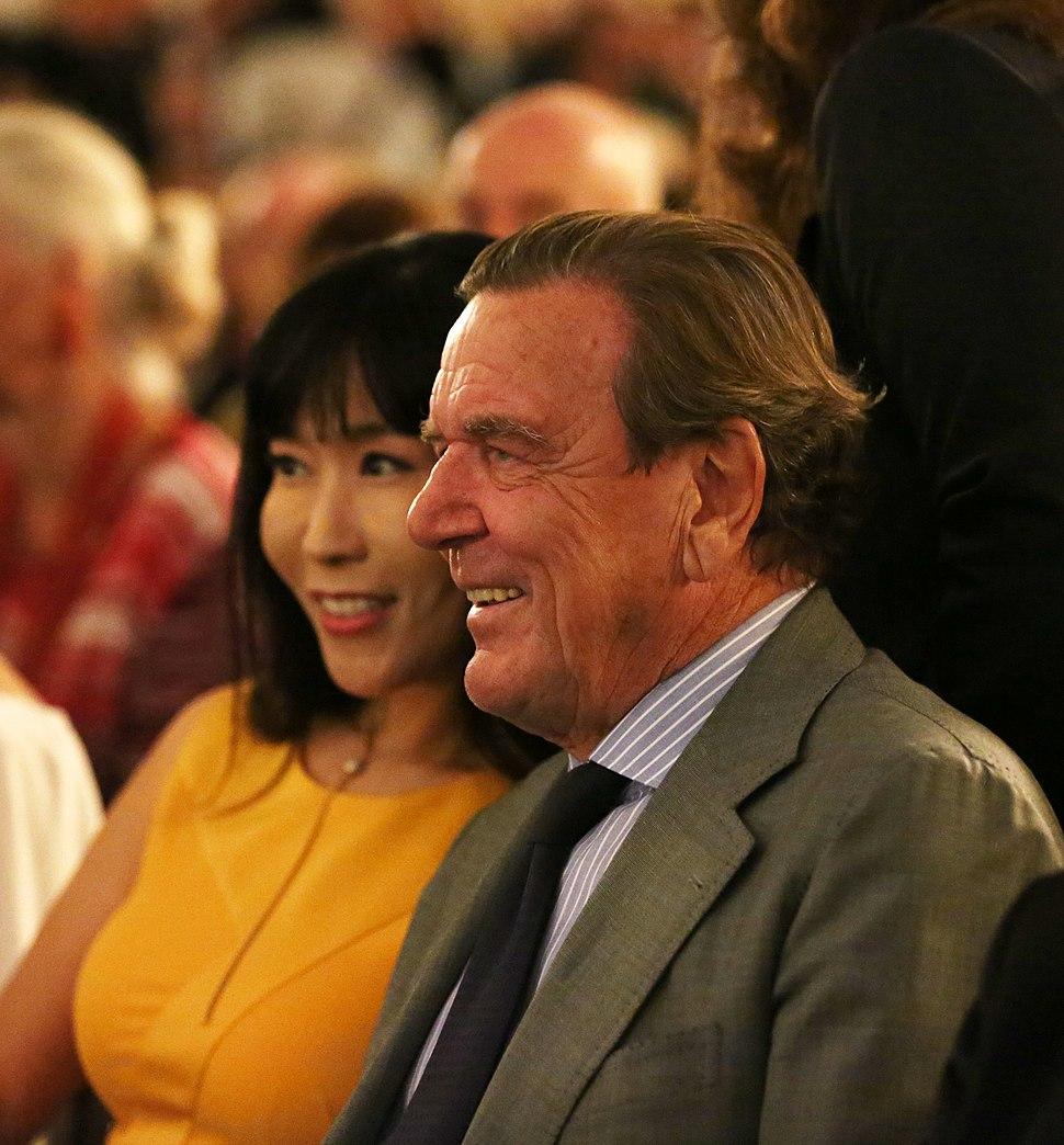 Soyeon Kim Gerhard Schröder 8751