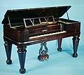 Square Piano MET D0950 1975.309.jpg