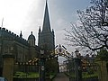 St Columb's Cathedral - panoramio.jpg