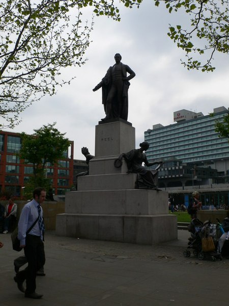File:Statue of Sir Robert Peel, Piccadilly Gardens - geograph.org.uk - 1278311.jpg