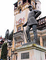Statuia Regelui CAROL I de la Peles.jpg