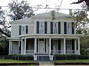 Common Street District - Image: Stewart Klotz House 959 Dauphin Street