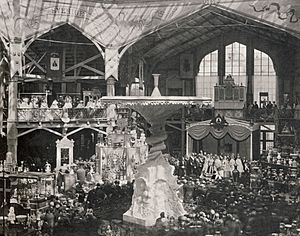 General Industrial Exposition of Stockholm (1866) - interior showing Molin's fountain