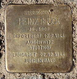 Photo of Heinz Brück brass plaque
