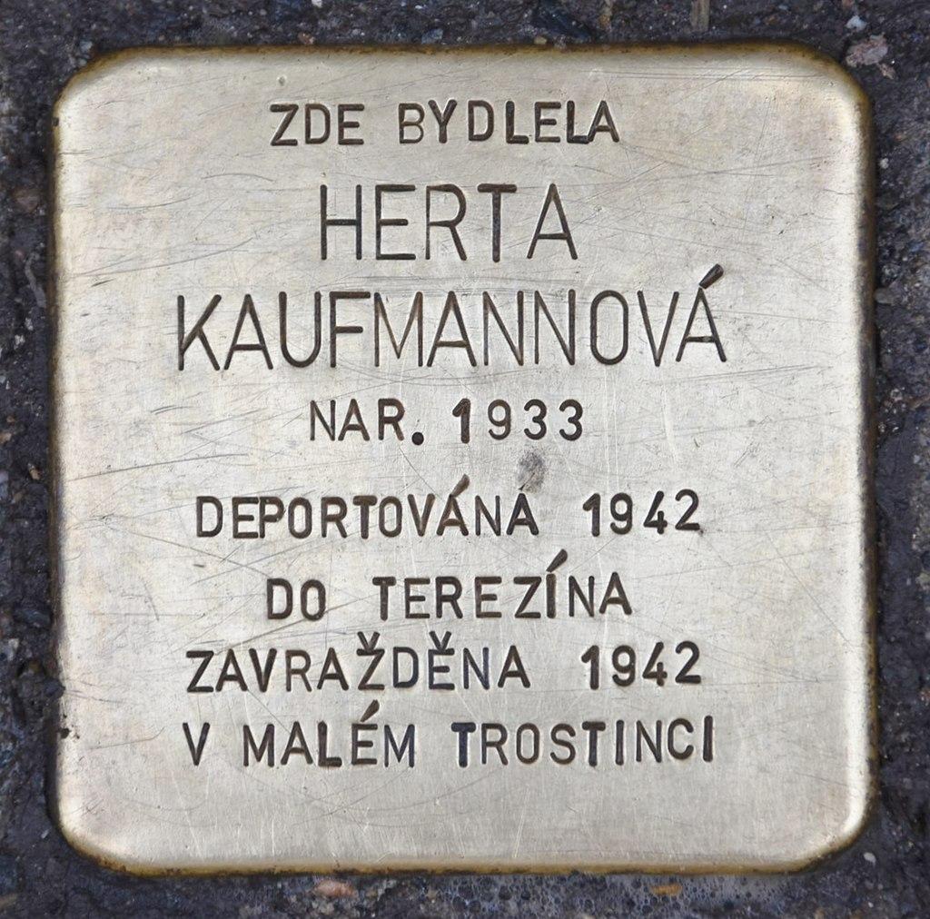 Stolperstein für Herta Kaufmannová.JPG