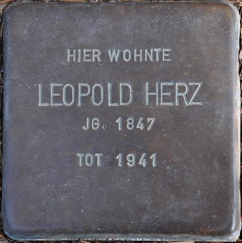 Stolpersteine Euskirchen-Flamersheim, Leopold Herz (Große Höhle 17).jpg