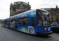 Straßenbahnwagen 2621 Dresden.jpg
