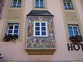 Straubing-Theresienplatz-9-Erker.jpg