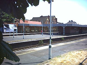 Streatham Common railway station - The station platforms