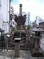Stupa of Izumi Shikibu by matsuyuki in Kyoto.jpg