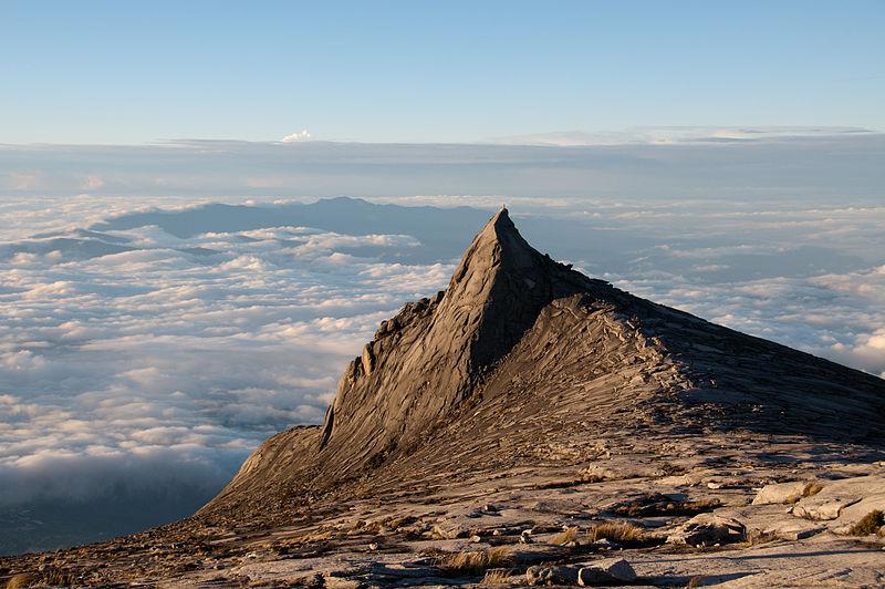 File:Subsidiary peak, Mount Kinabalu.jpg