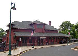 Summit station (NJ Transit) - Image: Summit NJT station
