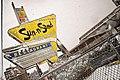 Sun-n-Sand, Jackson MS - O RLY?.jpg