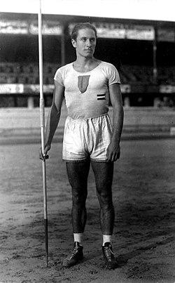 Szepes Béla stand 1928 Summer Olympics.jpg