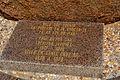 Tafel vor dem Kazuo Dan Stein in Santa Cruz Portugal.JPG