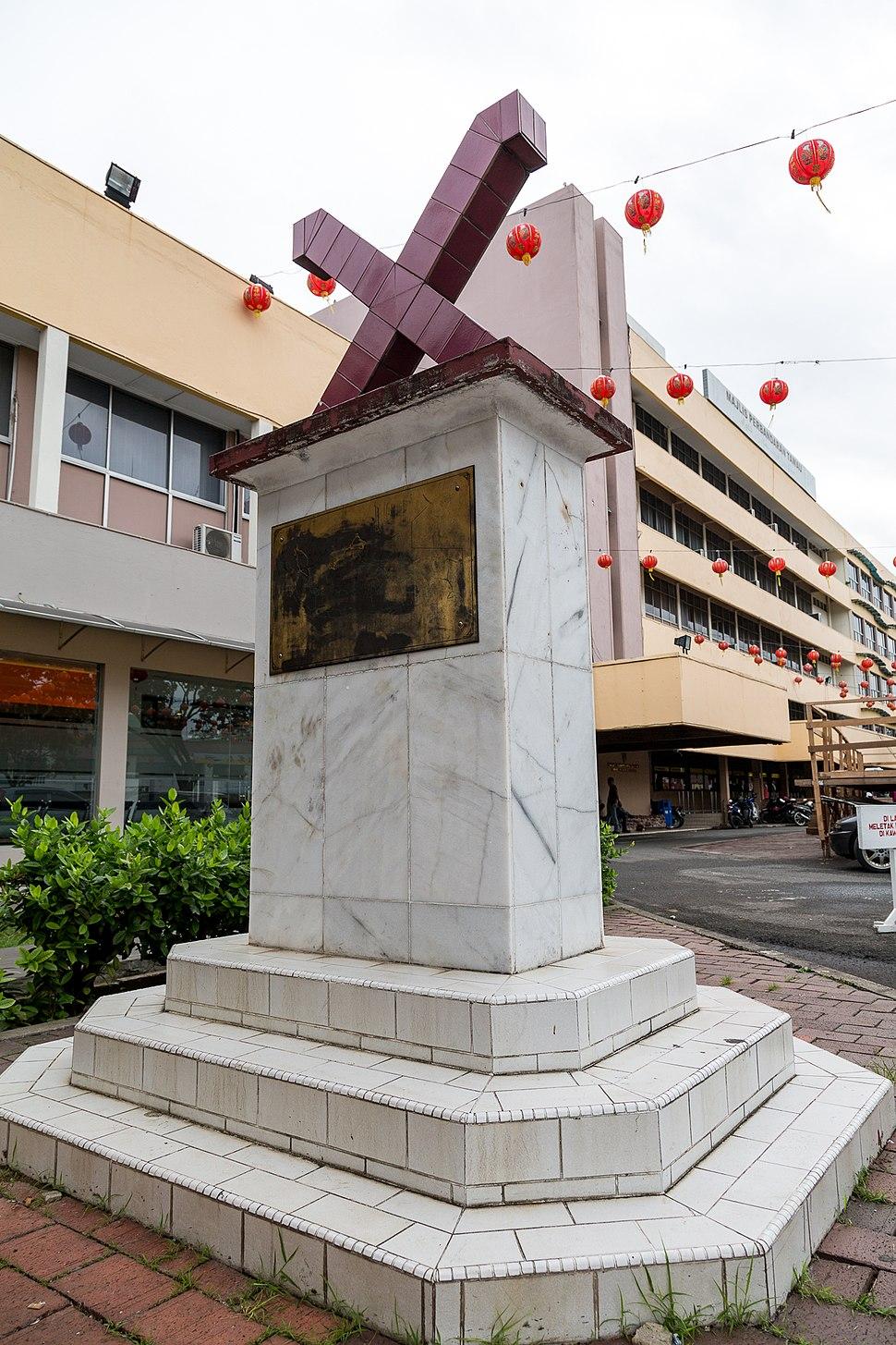 Tawau Sabah Twin-Town-Memorial-01