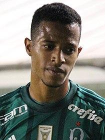 Tchê Tchê atuando pelo Palmeiras 0a2572f5d6d77