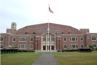 Teaneck Armory - Image: Teaneck Armory front jeh