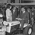 Technische Tuinbouwbeurs door minister Biesheuvel in Houtrusthallen geopend, Bestanddeelnr 917-9619.jpg