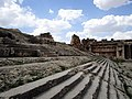 Temple of Jupiter, Baalbek 28174.JPG