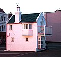 The 'Barbie House', Aldeburgh - geograph.org.uk - 1010533.jpg