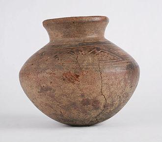 Pre-Columbian art - An Incan polychrome jar from 1471-1493.