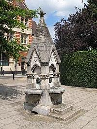 The Joseph Toynbee FRS Memorial Fountain - geograph.org.uk - 897797.jpg