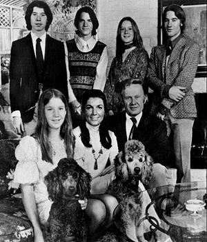 An American Family - The Loud Family (Back, from left: Kevin, Grant, Delilah and Lance. Front, from left: Michele, Pat and Bill)