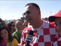 File:Torcedores enchem Arena Corinthians no primeiro jogo da Copa do Mundo.webm