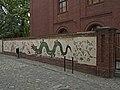 Torun dragon graffiti at Przedzamcze Street.jpg