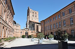 Prefecture building in Toulouse, with the city's cathedral in the background
