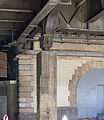 Trankgasse Köln - Tunnel unter dem Hauptbahnhof - Betonsäule mit Löwenkapitell-3907.jpg