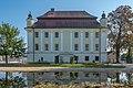 Traun Schloss Traun Parkseite-4037.jpg